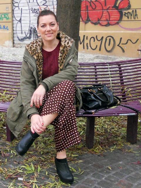 burgundy+printed-trousers-3