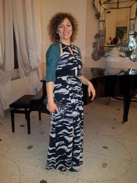 outfit elegante con abito lungo