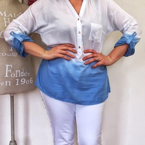 outfit con jeans bianchi e camicia sfumata