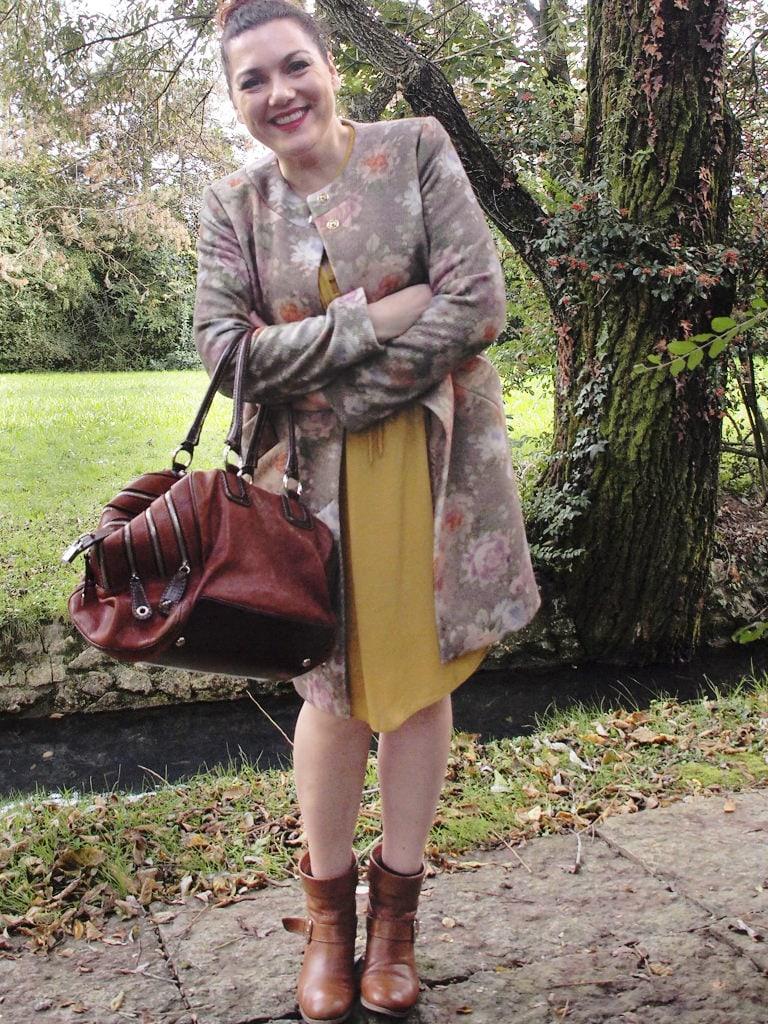 VerdementaBlog_outfit-curvy-cappottino fiori-Elena-Miro-borsa-Dolce-Gabbana-fashion-blog-curvy-italia