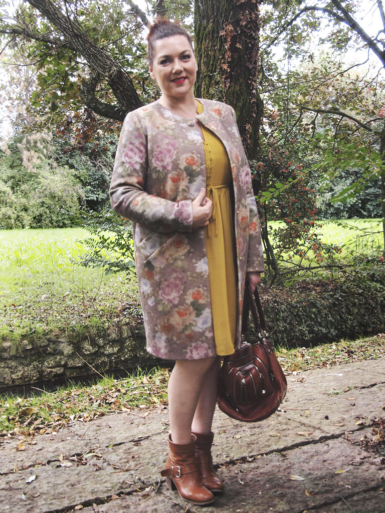VerdementaBlog_outfit-curvy-cappottino fiori-Elena-Miro-taglia46