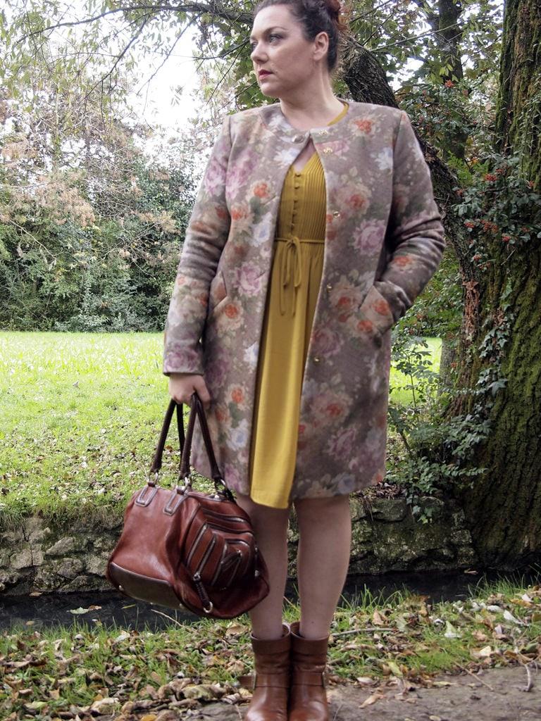 VerdementaBlog_outfit-curvy-cappottino fiori-Elena-Miro