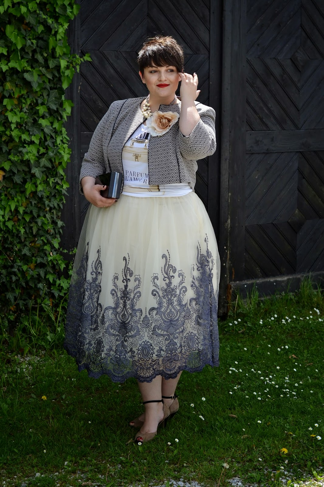 Outfit curvy per cerimonie