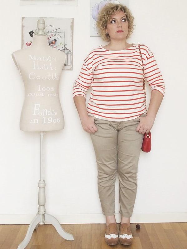 Verdementa-Fashion-blog-outfit-curvy-taglia48-casual-pantaloni-chinos-maglia-righe-2