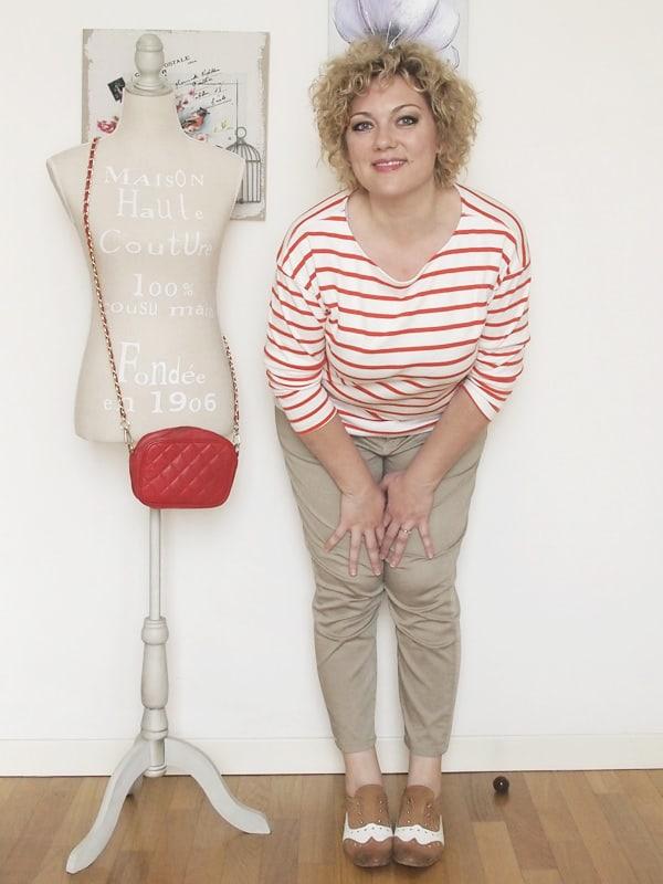 Verdementa-Fashion-blog-outfit-curvy-taglia48-casual-pantaloni-chinos-maglia-righe-6