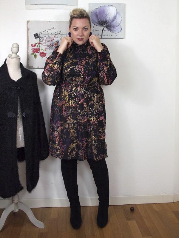 outfit-curvy-stile-anni70-stivali-sopra-ginochio-14