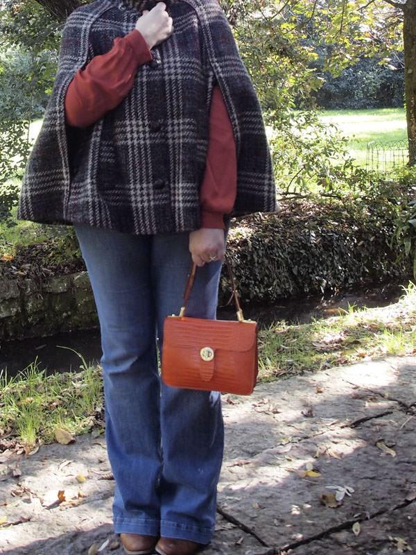 outfit-curvy-taglia-46-48-cappa-anni70-04