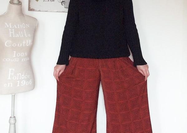 outfit curvy con pantaloni culotte