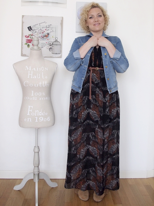 outfit curvy stile country con spalle scoperte 07
