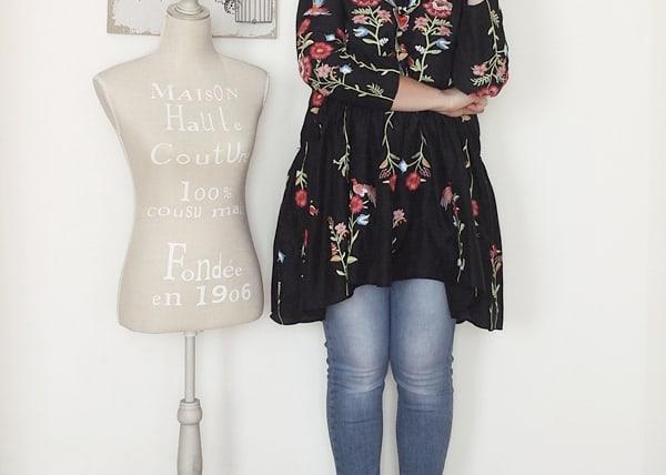 Tendenze moda autunno inverno 2016: ricami folk. Proposta di outfit curvy.