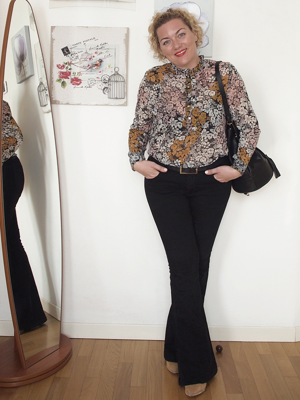 outfit-curvy-pantaloni-zampa-03