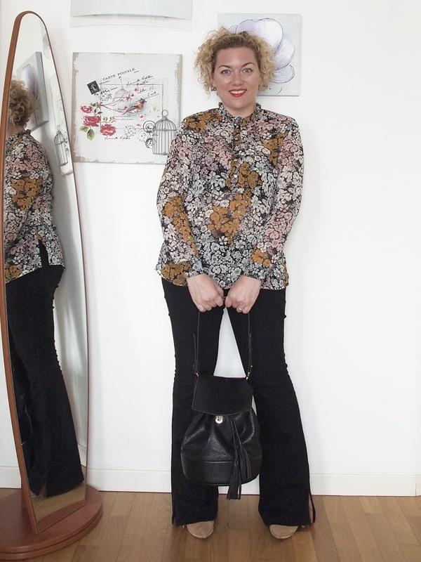 outfit-curvy-pantaloni-zampa-09