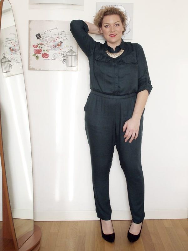 official photos 84bb6 cfd2a Come indossare la tuta se sei curvy | Verdementa Fashion ...