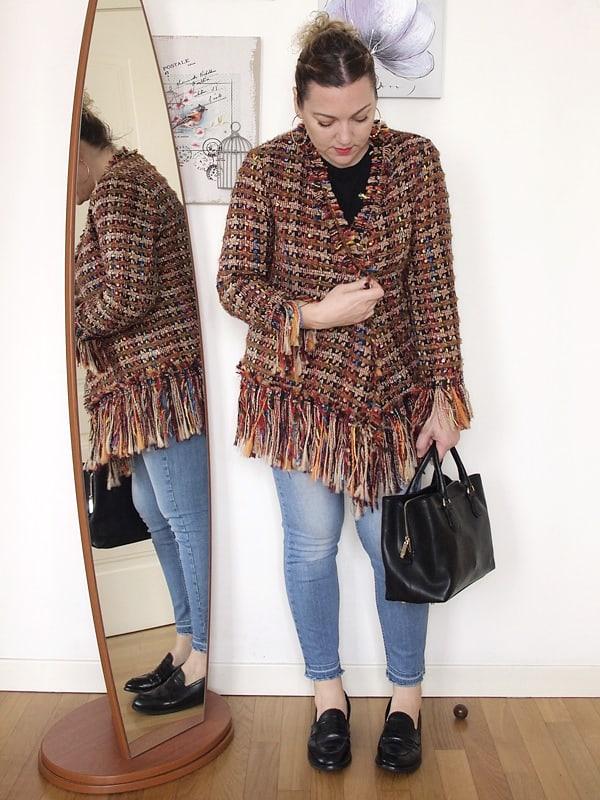 outfit curvy con giacca Zara sfrangiata