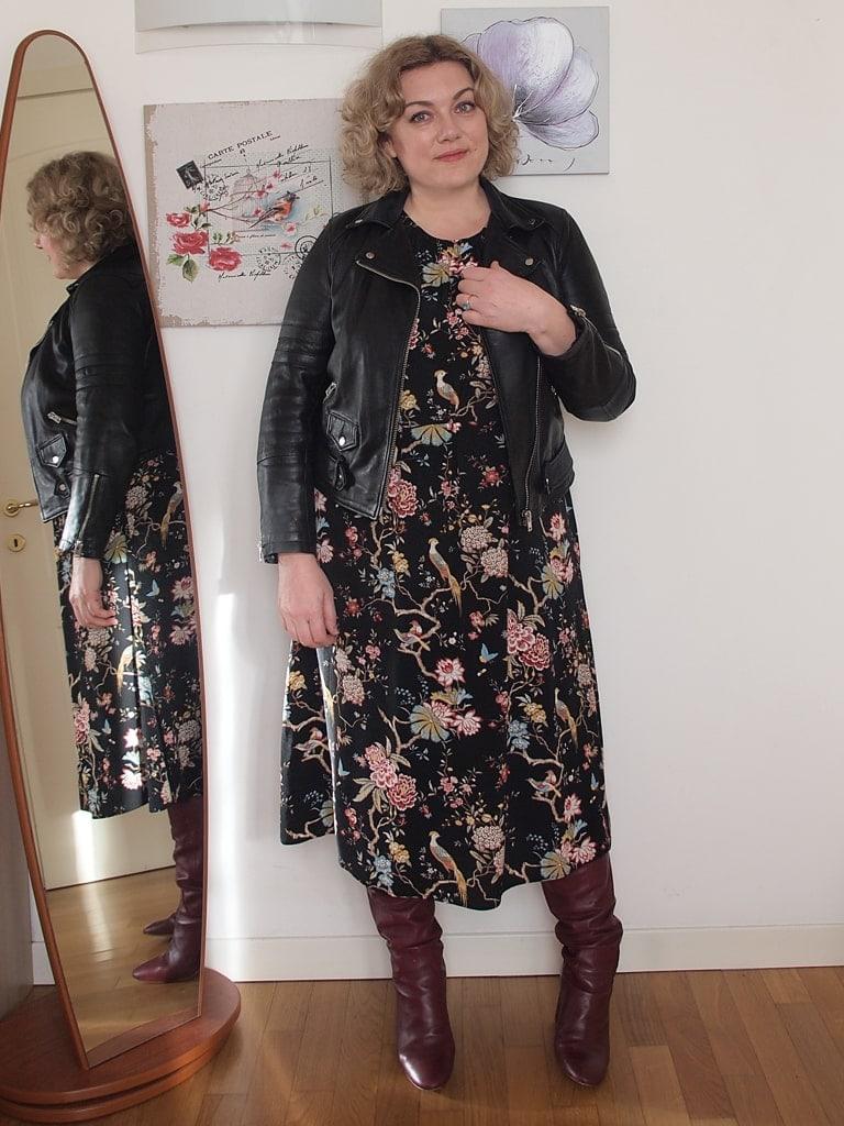 up-to-date styling nuovo design prodotti caldi Outfit con calze Personal Size, il collant su misura per ...